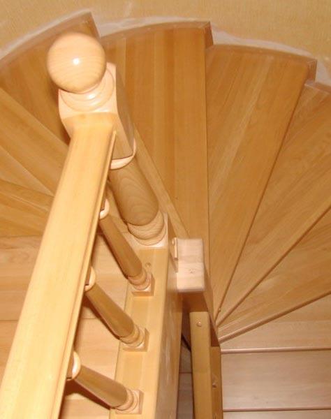 Лестница винтовая v003