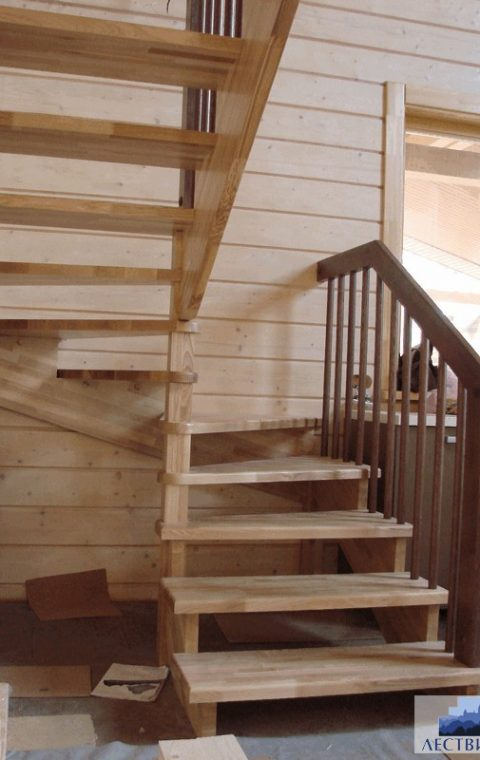 Лестница на тетивах t010