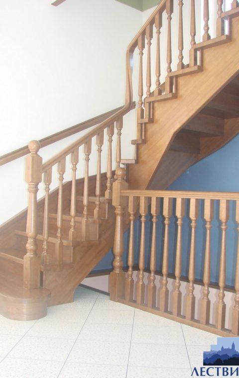 Лестница на тетивах t018