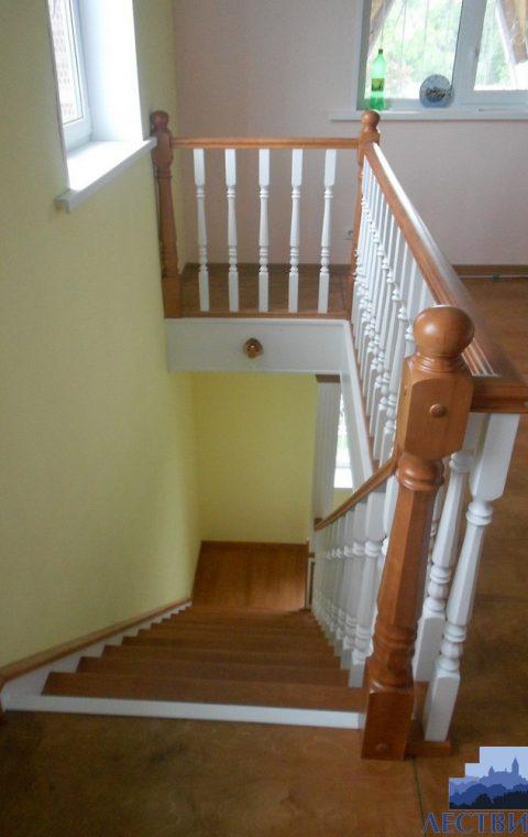 Лестница на тетивах t012