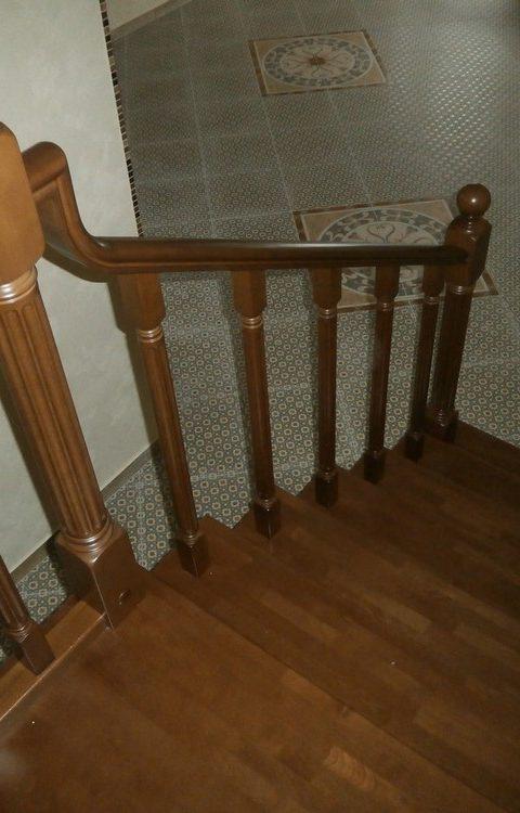 Лестница на тетивах t016