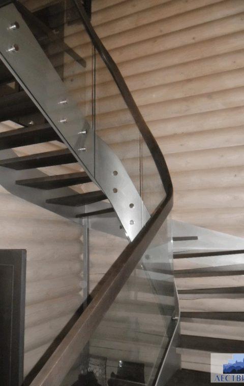 Лестница винтовая v010