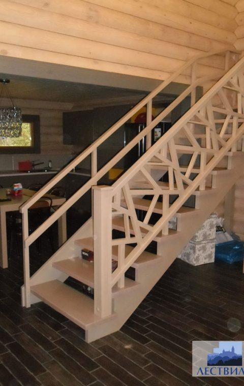 Лестница на тетивах t001