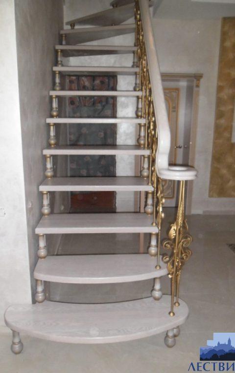 Лестница на больцах b006