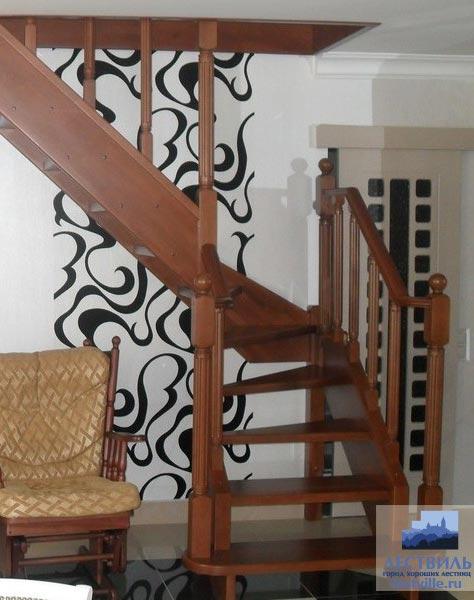 Лестница на тетивах t026