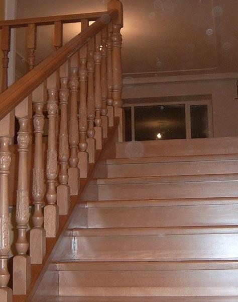 Лестница на тетивах t009